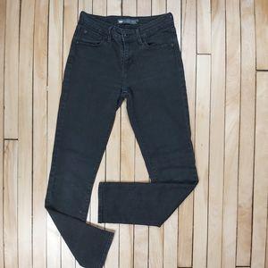 📣2/36$📣 Levi's classic rise slim leg black jeans